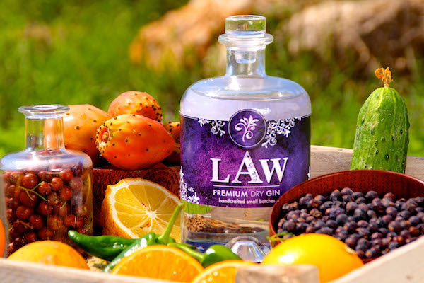 LUNA Law Gin